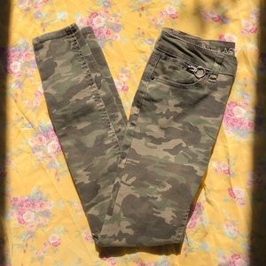 Camo Skinny Jeans Green Lightly Worn!